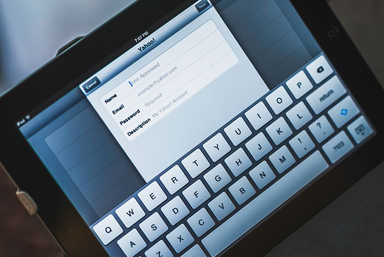 Picture showing how to set up Yahoo email on an Apple iPad device