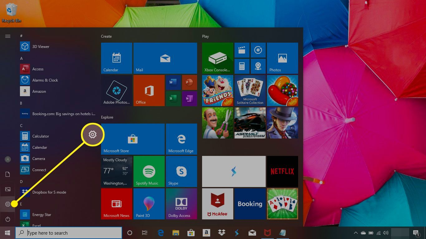 Start menu in Windows 10 with the Settings button highlighted