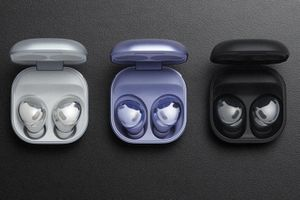 Galaxy Buds Pro silver, violet, and black