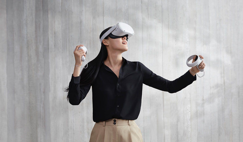 Woman using an Oculus Quest 2 VR headset