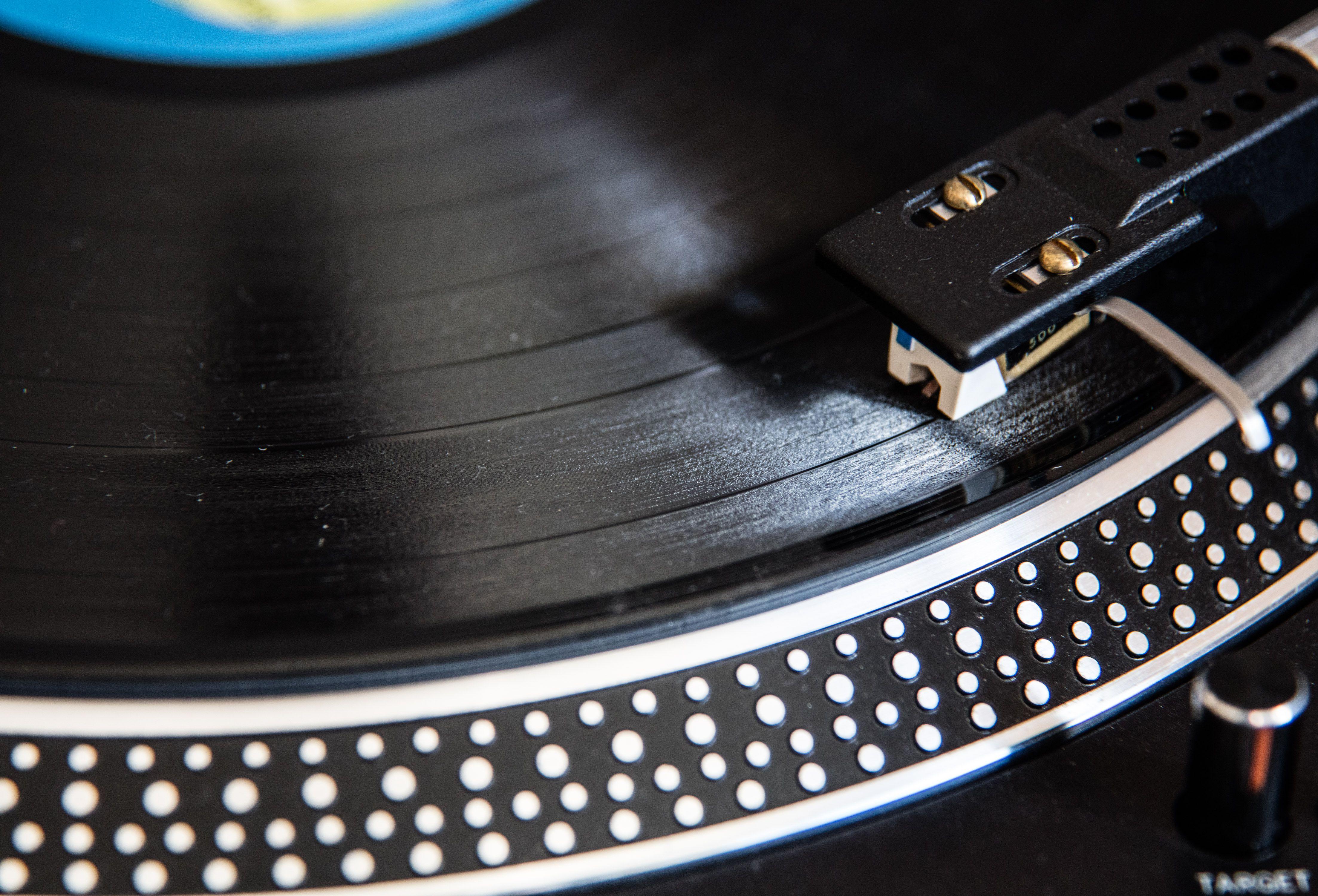 Vinyl Serie Stream