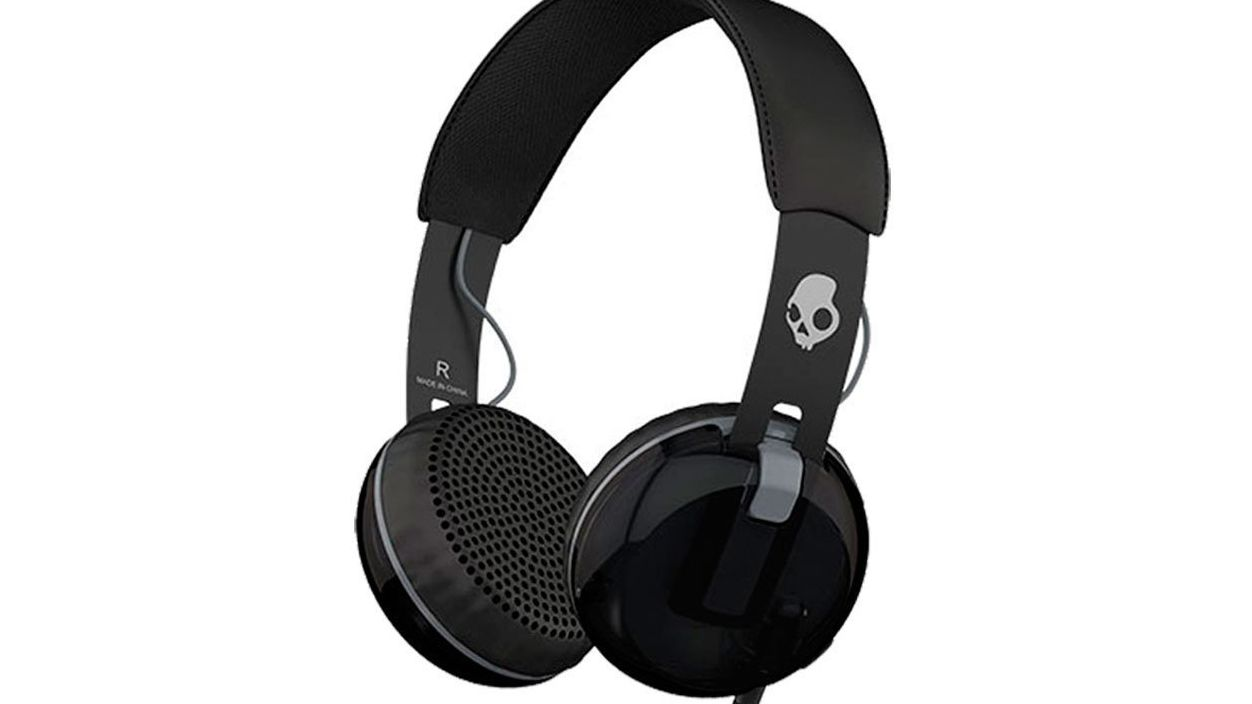 3b32204a823 The 15 Best Headphones for Music Lovers in 2019