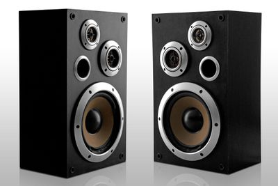how much power do my stereo speakers really need. Black Bedroom Furniture Sets. Home Design Ideas