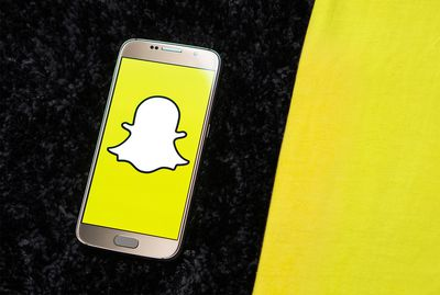 How to Snapchat With Music Playing from Your Phone