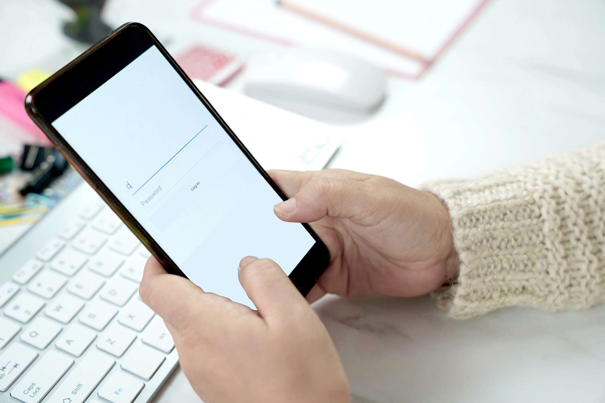 Using Mobile phone to login an Account in to social media connect with friends