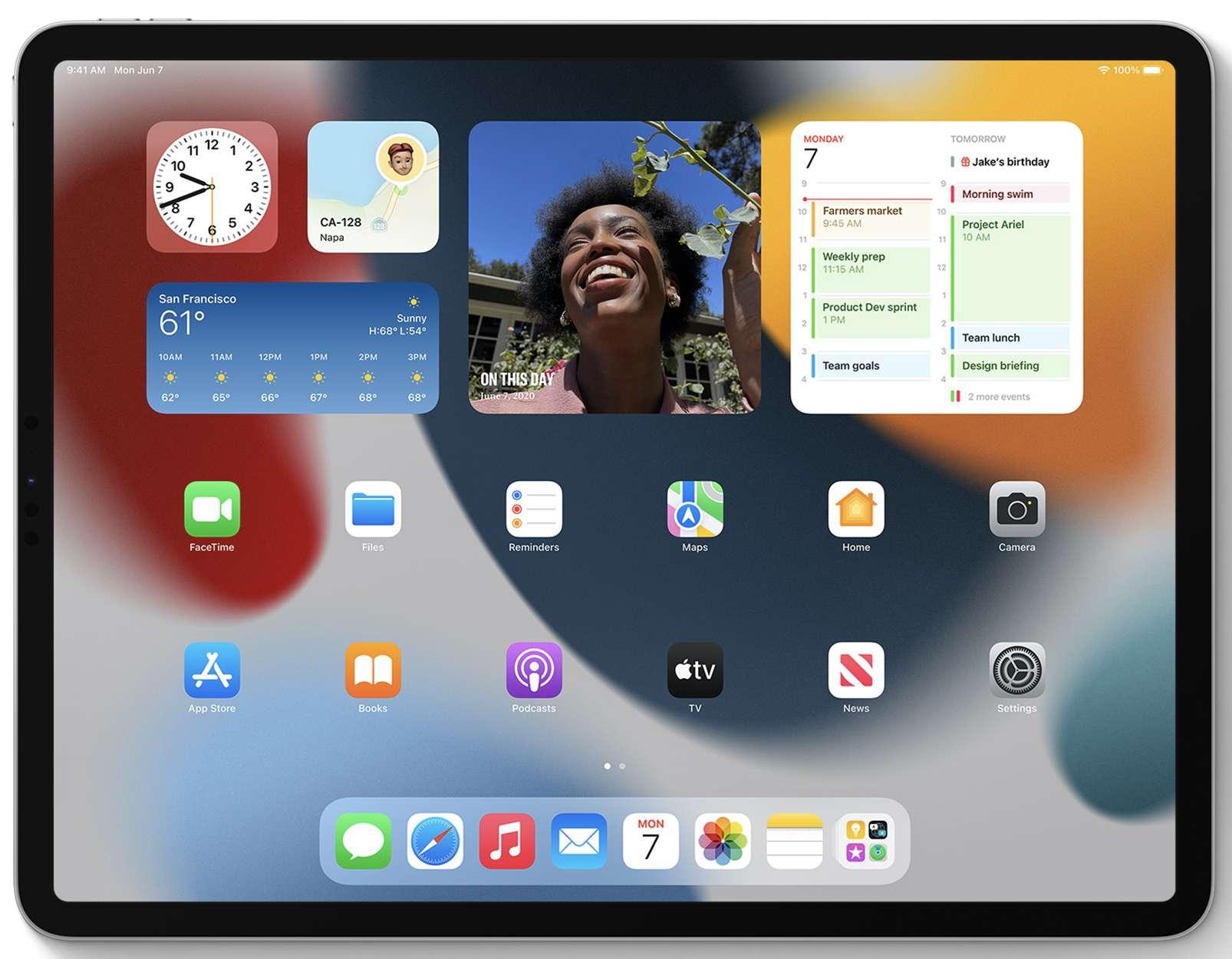 Widgets on the iPad homescreen in iPadOS 15