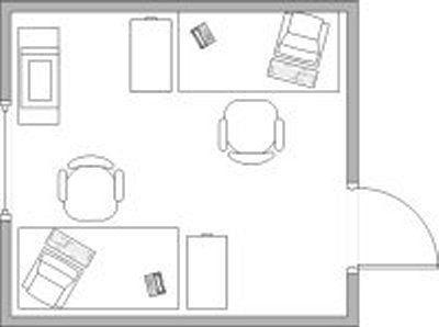 Desks in top and bottom corners