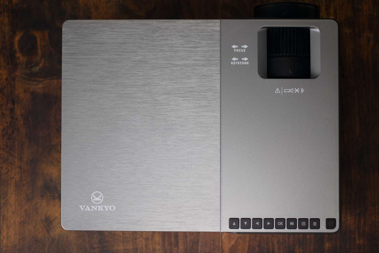 Vankyo V600