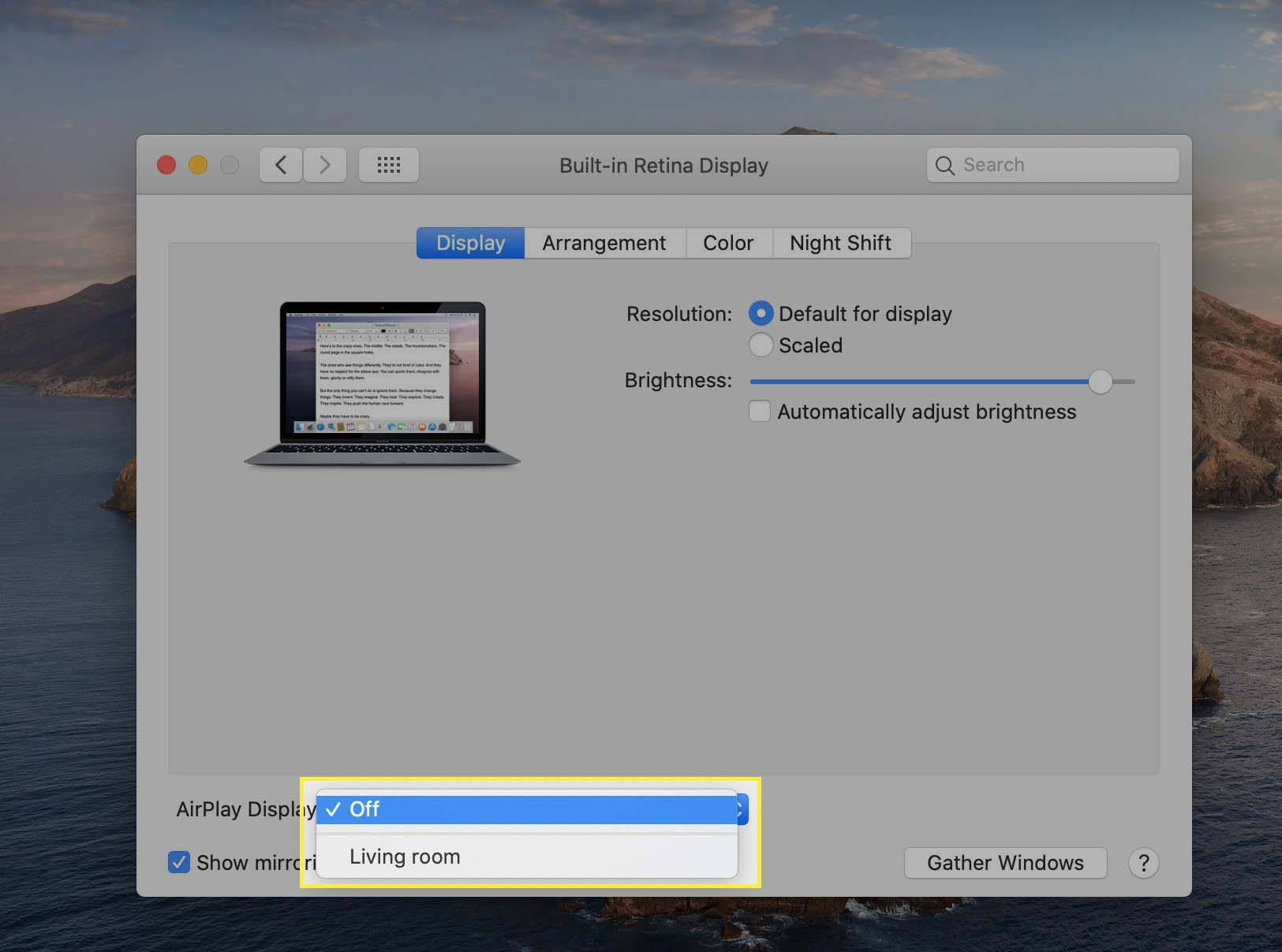 The AirPlay Display menu showing a target for AirPlay in Display System Preferences on macOS.
