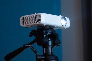 LG Cinebeam PH550 Projector