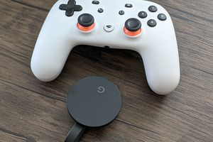 A Stadia controller with a Chromecast Ultra