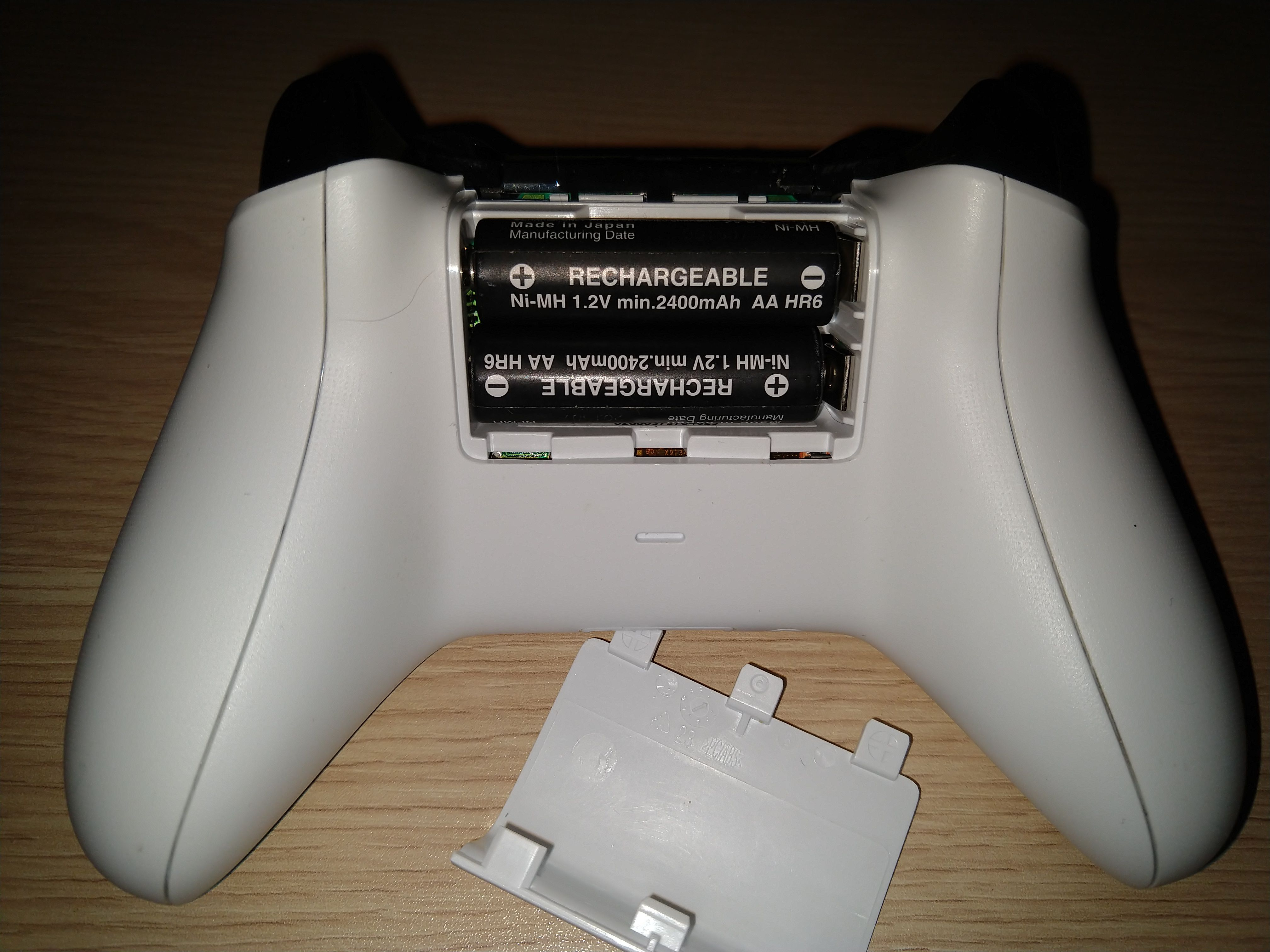 How to Fix an Xbox One Controller That Won't Turn On