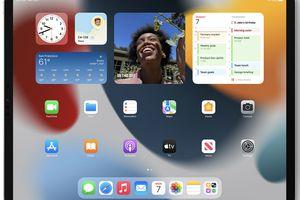 Widgets on the homescreen of an iPad running iPadOS 15