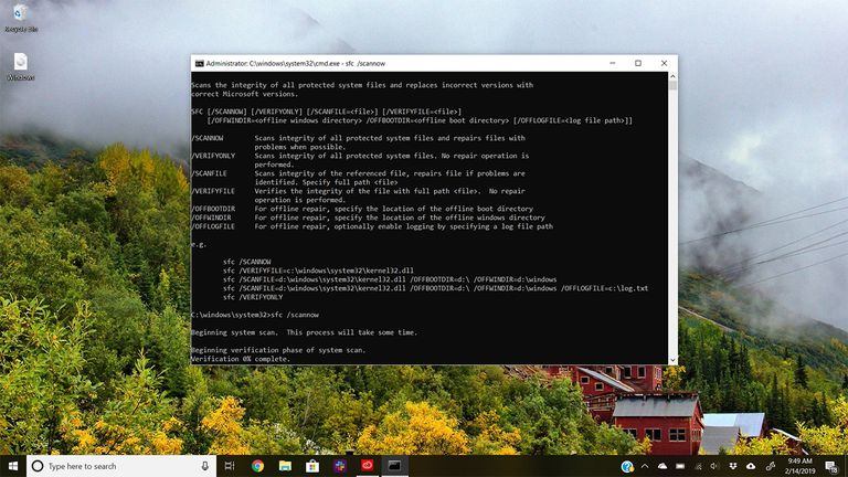 Command Prompt in Windows 10 running scannow