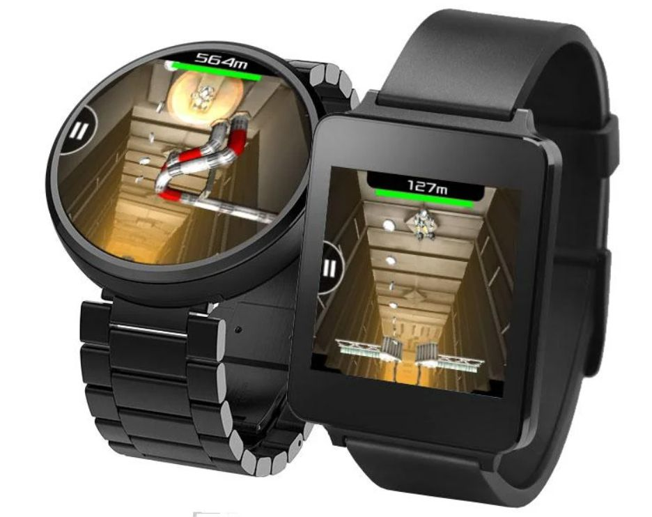 The game Wear Droid on a pair of Wear smartwatches