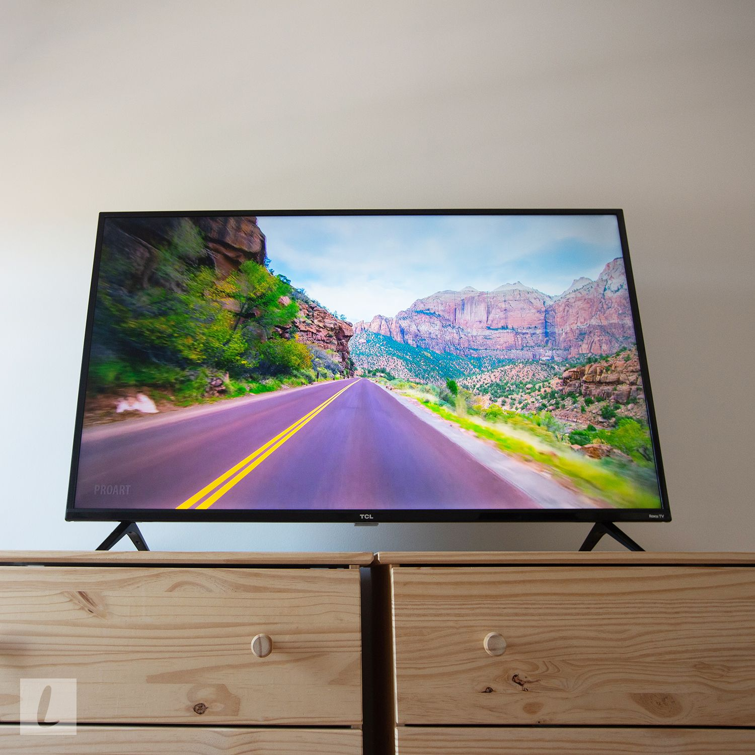 2019 with Remote TCL 50S425 50-Inch Roku 4K Ultra HD LED Wi-Fi Smart TV