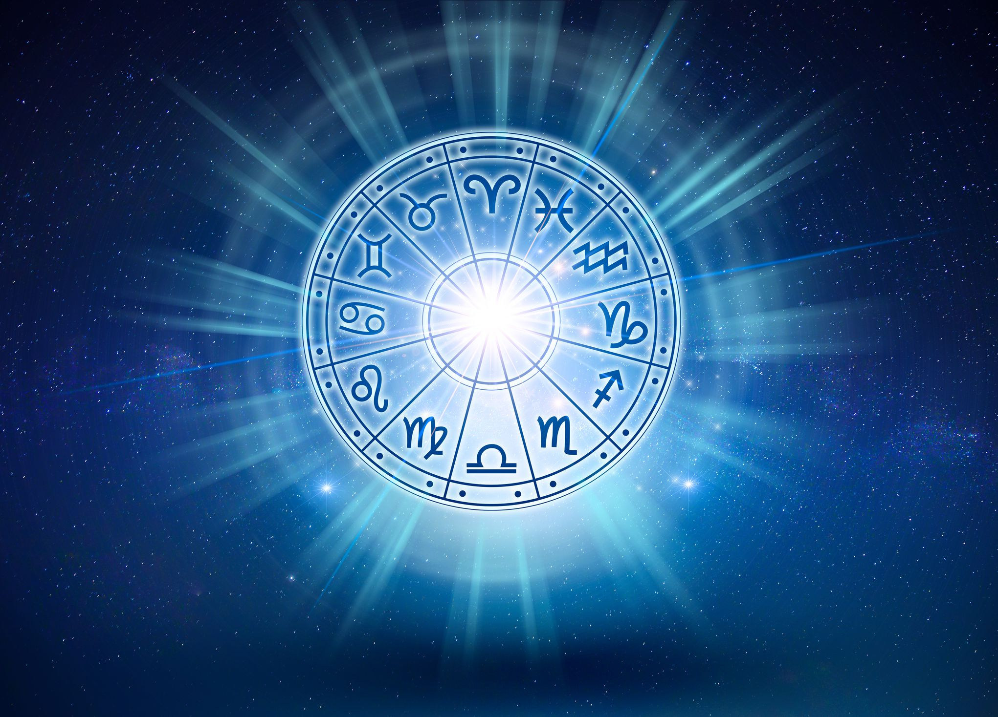The 8 Best Astrology Apps For 2020
