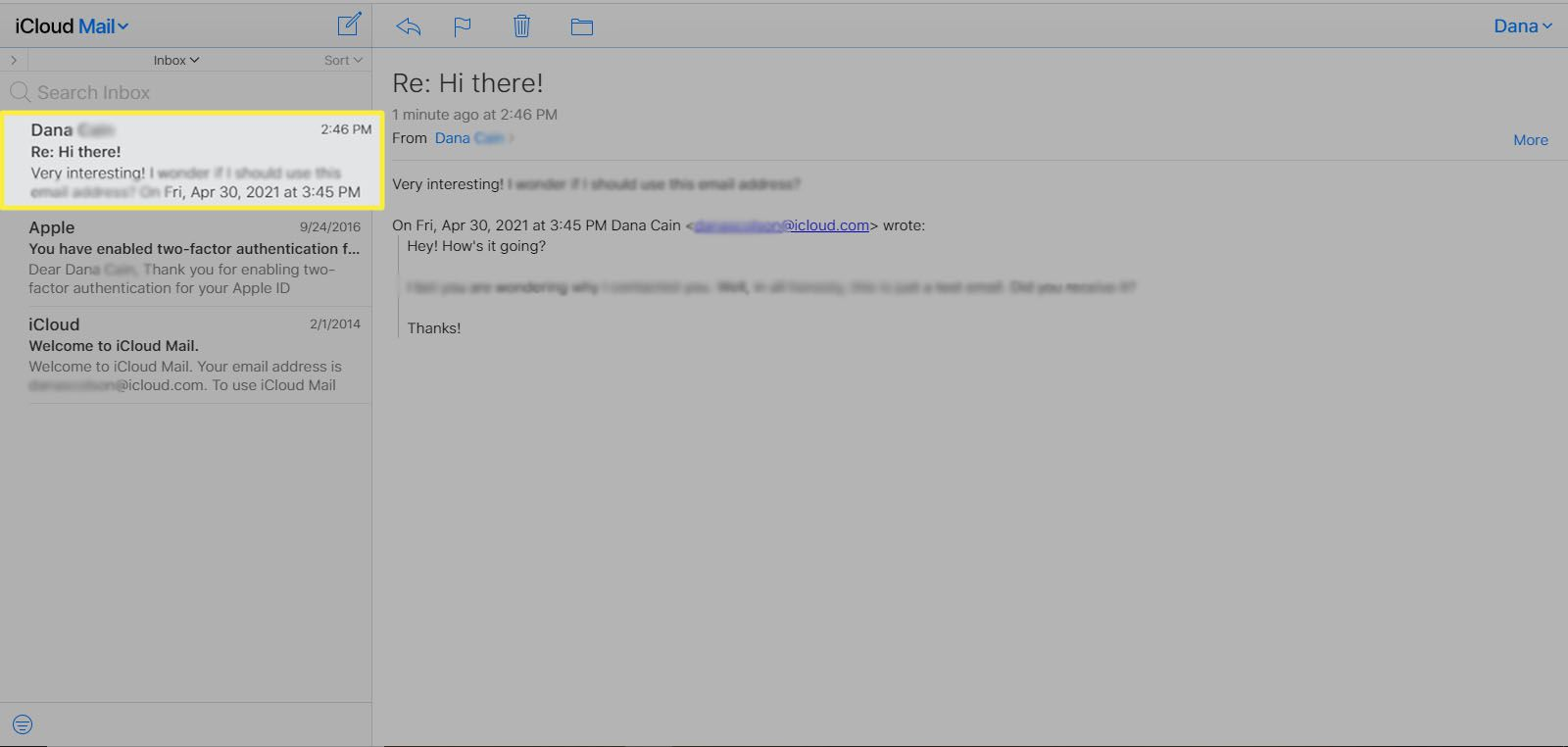 Selecting an email in iCloud Mail