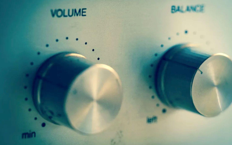 Volume knob on stereo