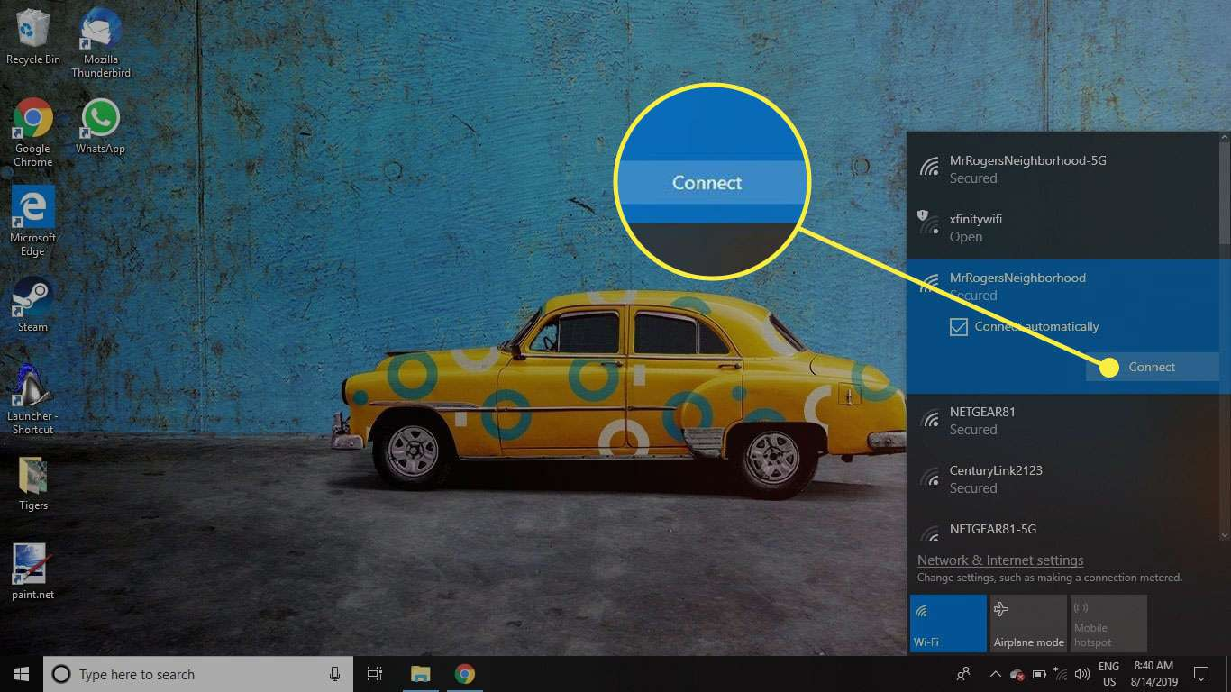 The Wi-Fi network in Windows 10 with the Connect button highlighted