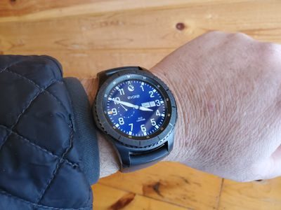 A Samsung Gear S3 Frontier with a watch face installed