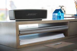 Bose Soundlink speaker on a desk