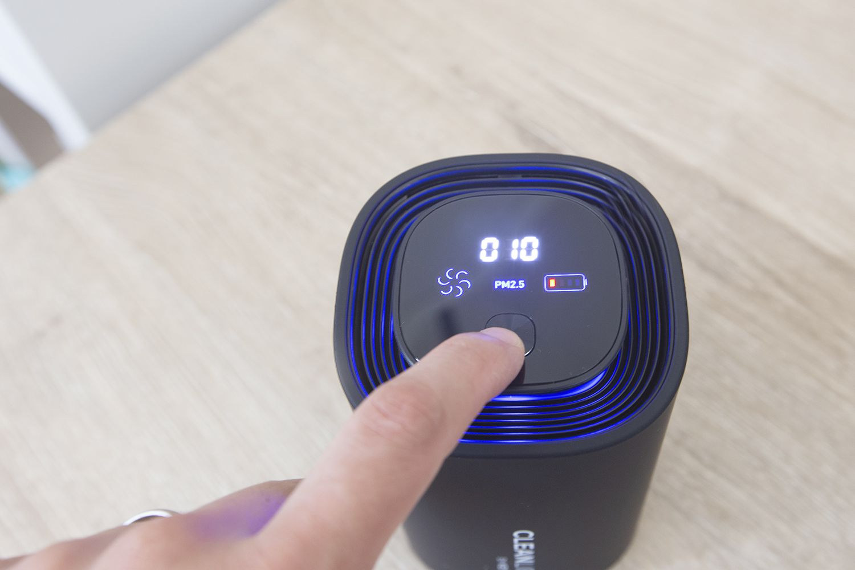 KeySmart CleanLight Air Pro
