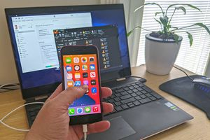Accessing iPhone files on a Windows 10 PC.