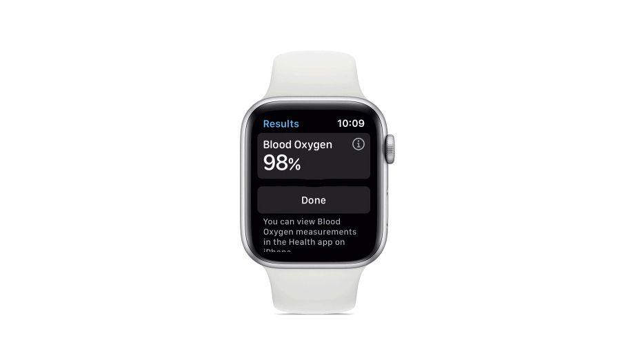 Apple Watch 6 displaying Blood Oxygen information.
