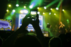 Lives streaming concert