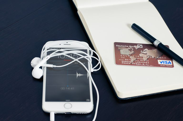Creating an Apple ID Without a Credit Card (iPhone)