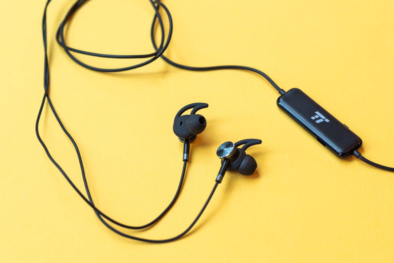 Lifewire in-ear headphones
