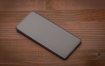 Samsung Galaxy S20 Ultra on table with screen off