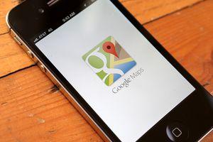 Google Maps splash screen on mobile phone