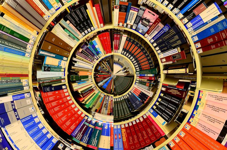 Picture of lots of library books in a circular formation