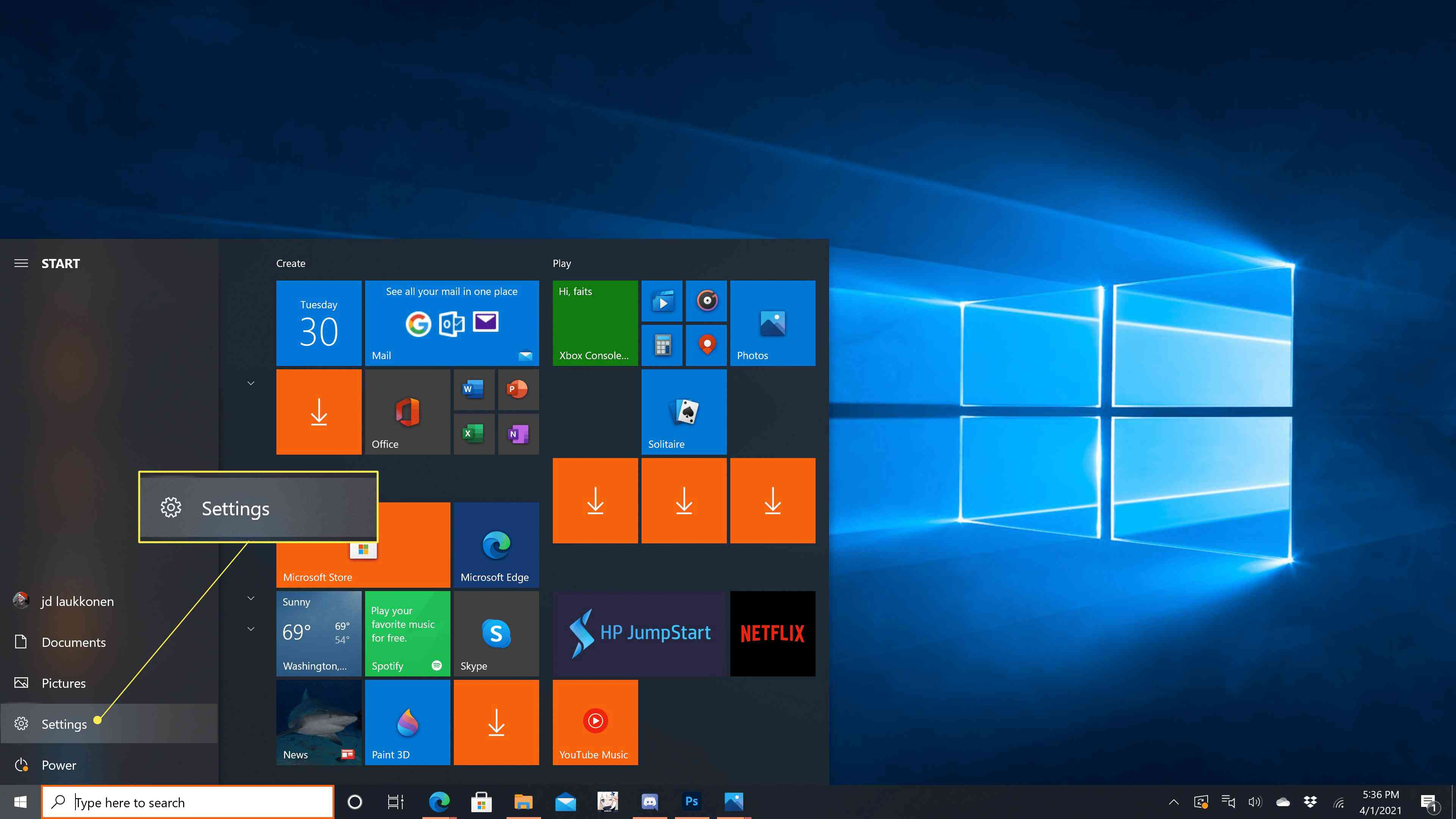 Settings highlighted in the Windows 10 start menu.