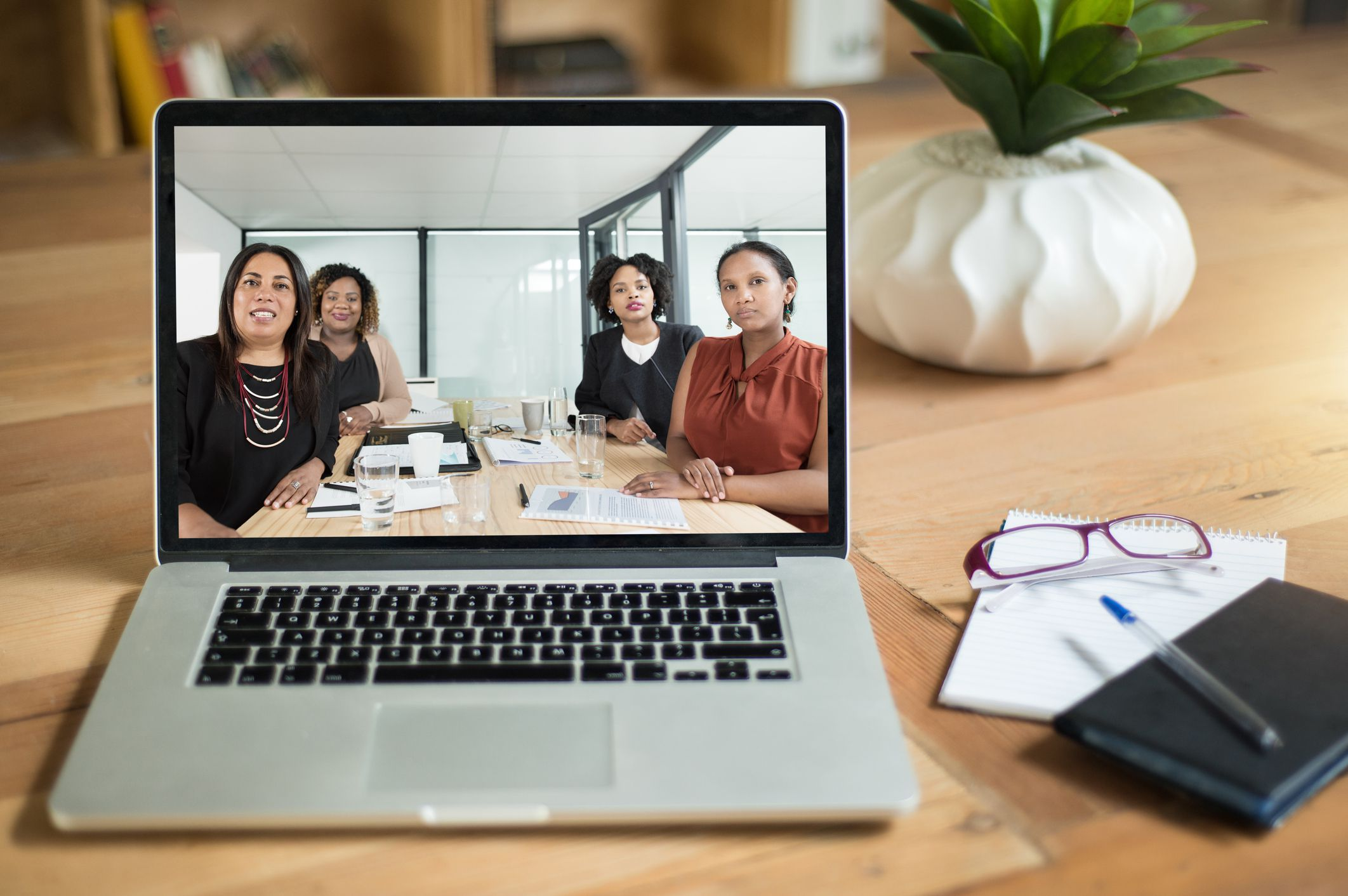 How To Set Up and Join a Zoom Meeting
