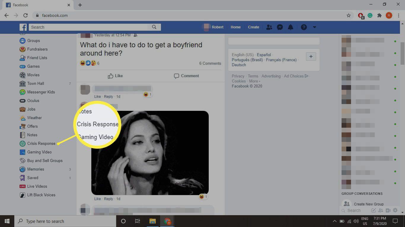 Selecting Crisis Response on Facebook.