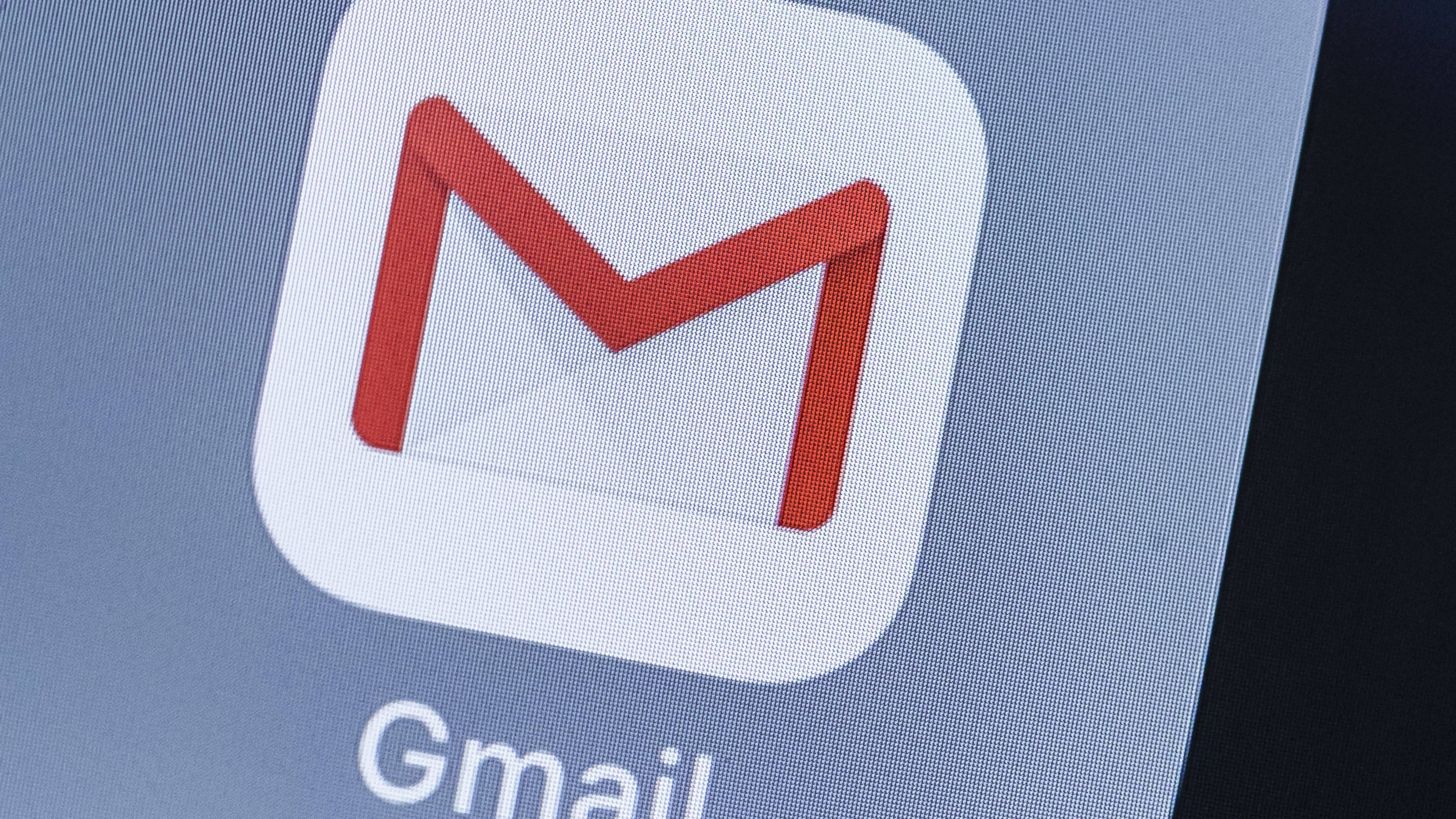 What to Do When Gmail Is Not Working on iPhone