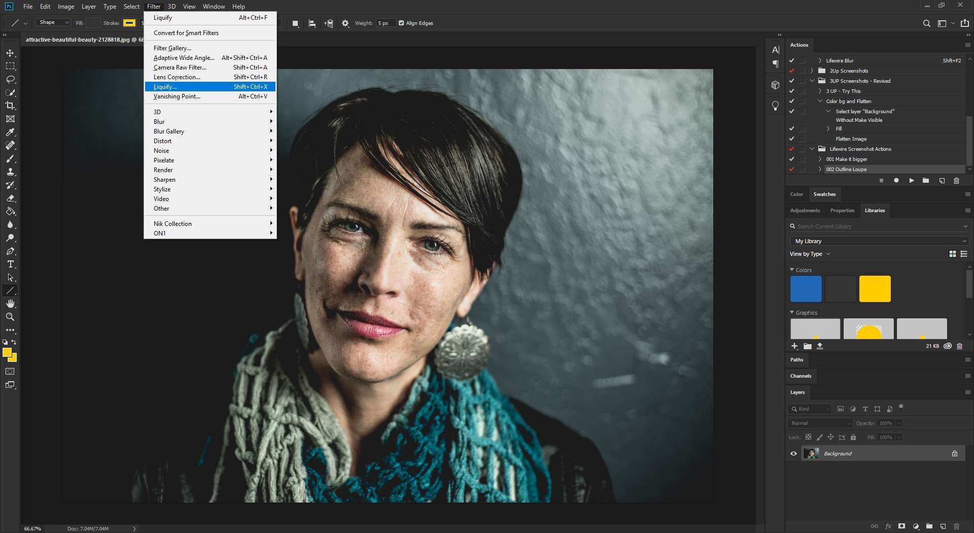 Activating Liquify filter in Photoshop.