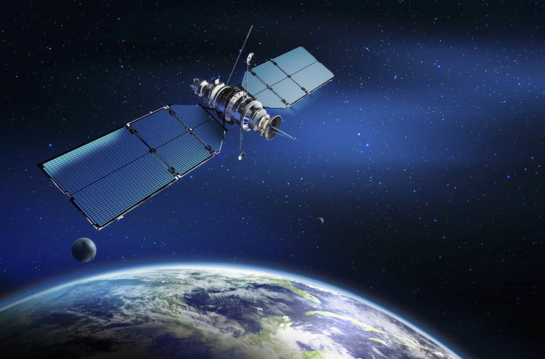 what is satellite radio