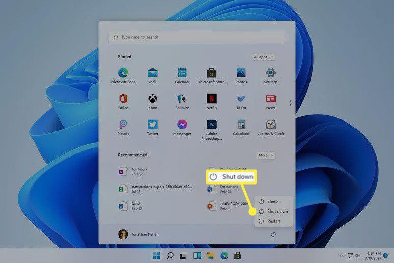 Shut down highlighted in Windows 11 Start menu power button options