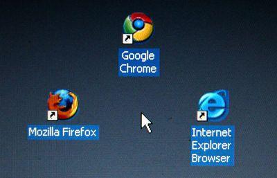 Browser desktop icons: Firefox, Chrome, Internet Explorer