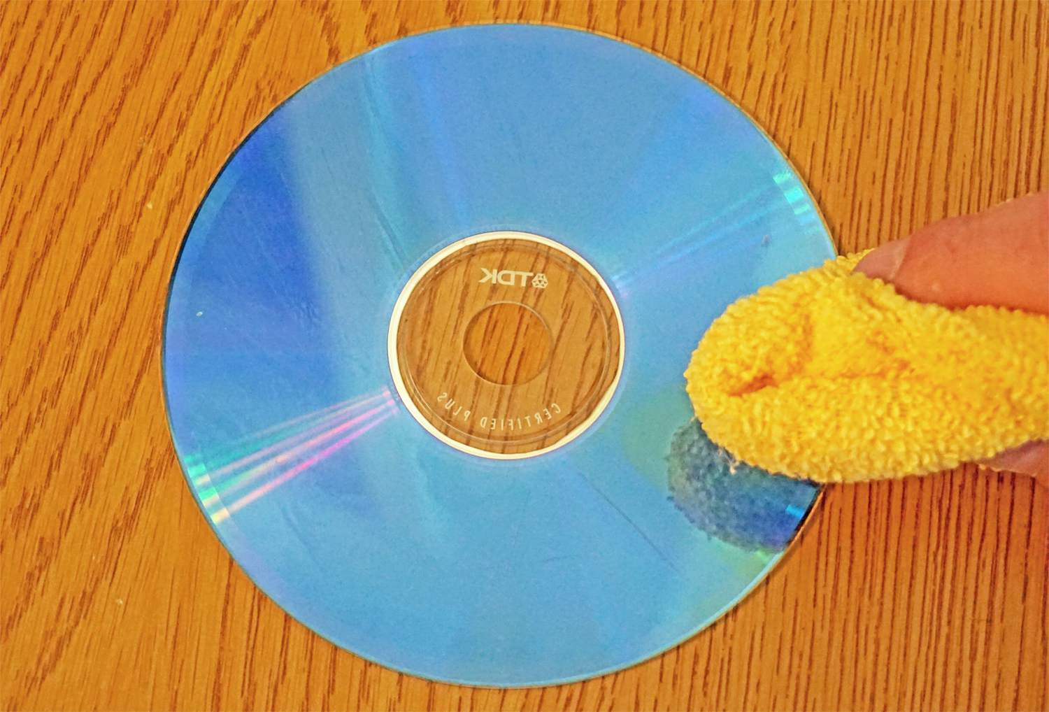 Scratched CD Dry-Off with Cloth