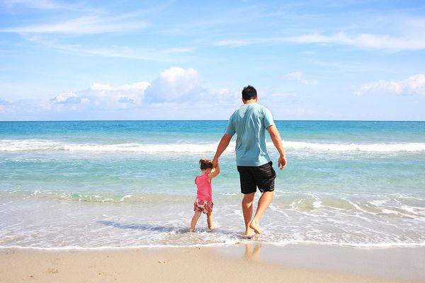 Picture of a father and daughter on vacation.