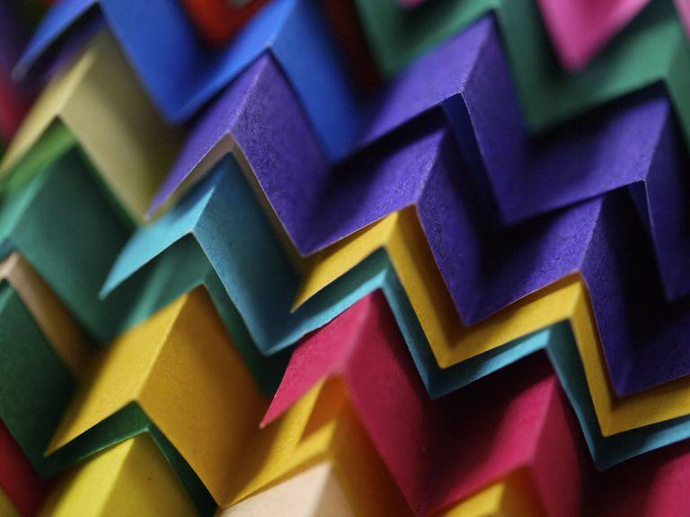 Color paper zigzag tiles