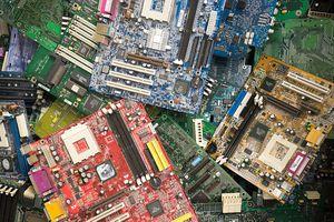 Motherboard chipsets