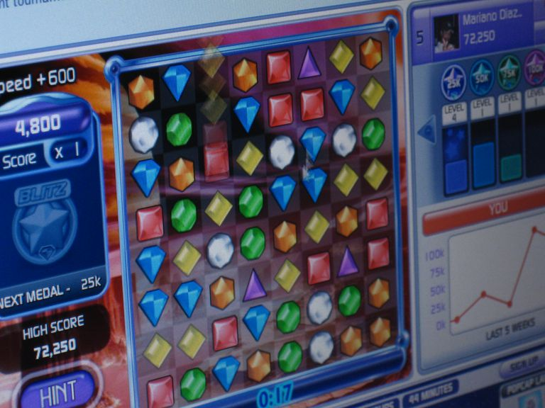 Get an Edge in Bejeweled With These Cheats