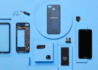 The Fairphone 3's various components separated and spaced out
