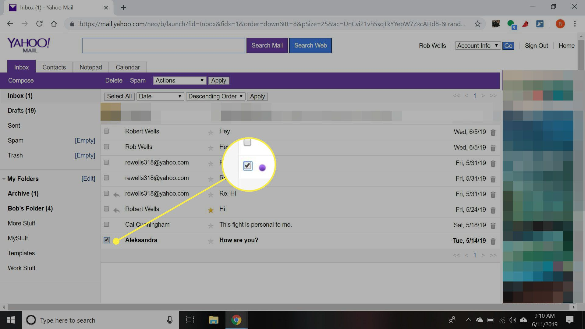 A screenshot of Yahoo Mail Basic with a message selection box highlighted